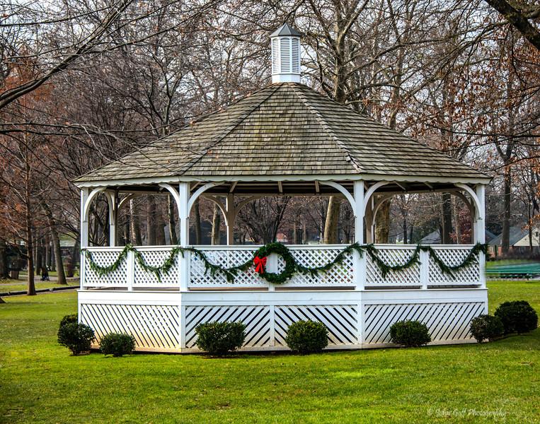 Center Of The Park<br /> Lititz Park At Christmas<br /> Lititz Pennsylvania