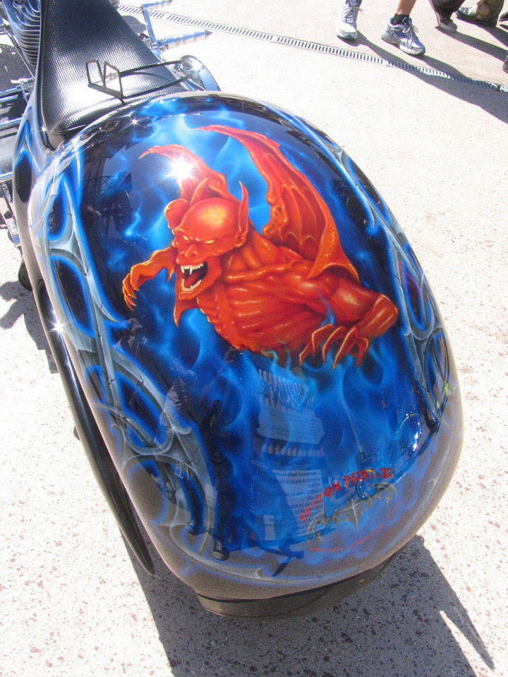 This had a 3D paint job!!  You put onthe glasses and it looked like the Gargoyle was coming out of the fender!  Awesome!!