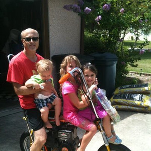 Al of my grand babies ready for a ride!!!  Myself, Jaxton, Harmony, and Evynn!