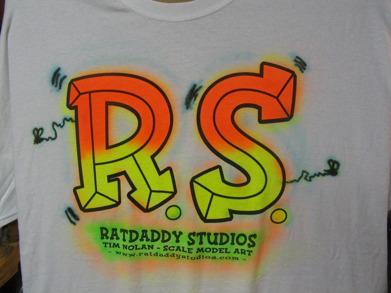 Studio t-shirts