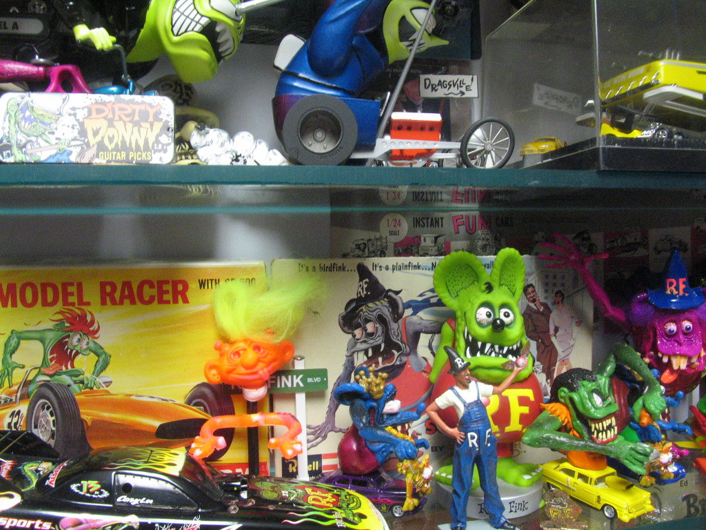 "Note the ""Creeple People"" figure in front of the Roth model racer box."