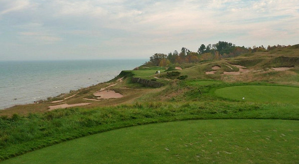 The signature 17th at Whistling Straits - Lake Michigan to the left.