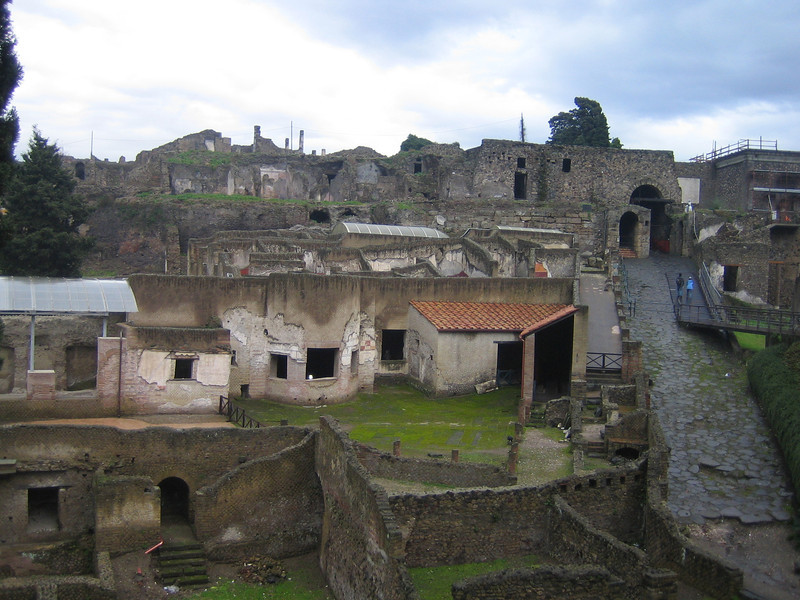 001 - pompeii