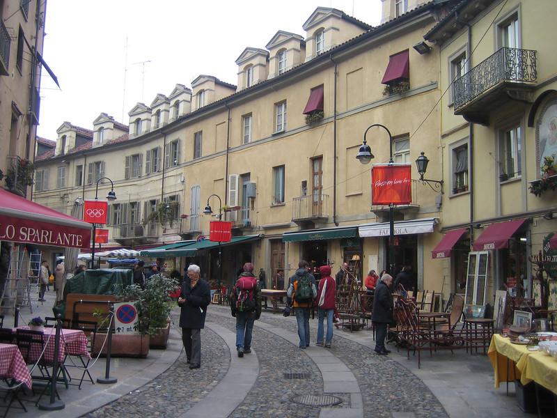 01 - Italian street