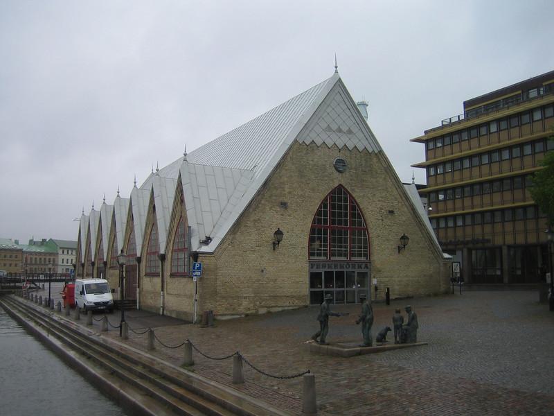 01 - fish market (fish church)