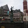 13 - monument