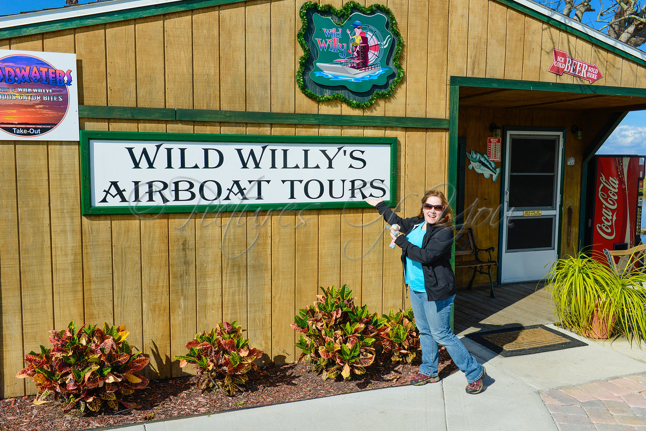 Wild Willy's 004<br /> <br /> ...doing by best Vanna impression...I'd love to be wearing a beautiful beaded gown and tiara.  Just sayin'