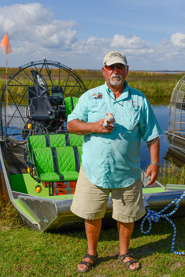 Wild Willy's 114<br /> <br /> Captain Bud holding HiPpO!.....he doesn't look as enthused as I do when holding HiPpO!