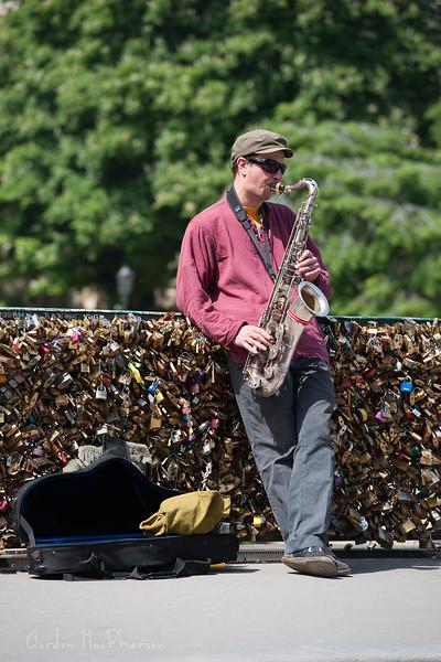 Street Performer in Paris