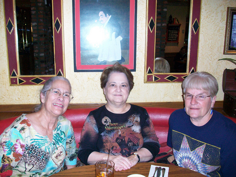 10/2010 Patty, Deb, Elaine after the sPiecing Partners meeting