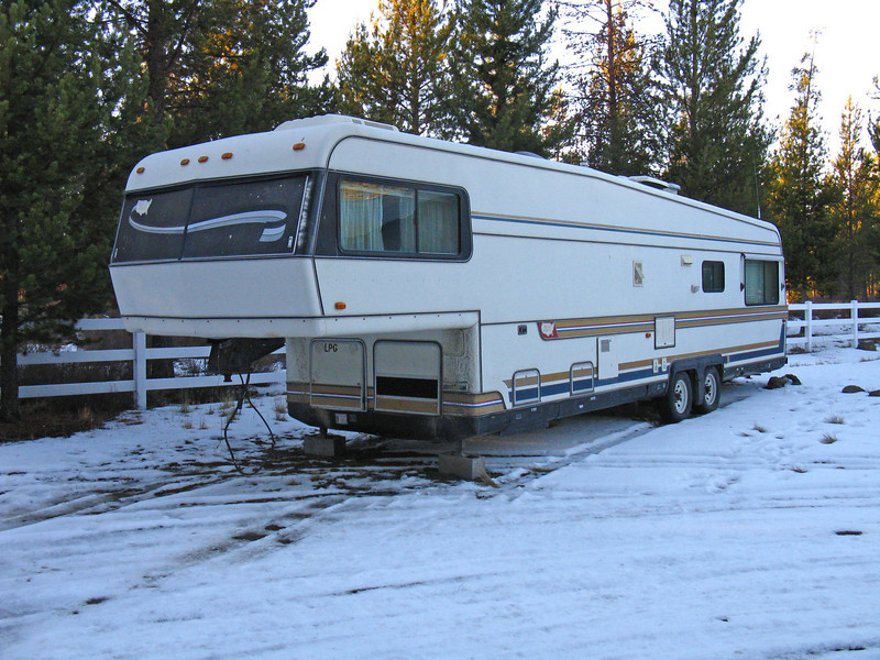 This is my 36' Holiday Rambler Imperial 5th Wheel.  I picked it up for $1500 in Klamath Falls, OR.  The exterior and the structure are in very good condition, although the awning and part of the roof ladder are missing.  The interior needs a LOT of work.