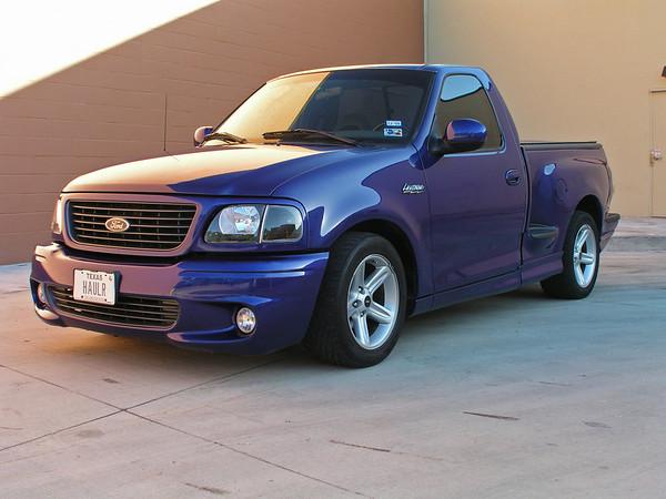 2003 SVT Lightning F150