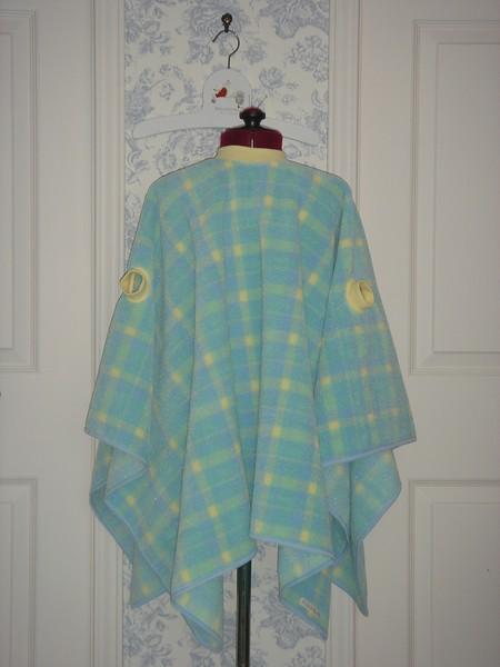 """""""Wearable Blanket"""""""