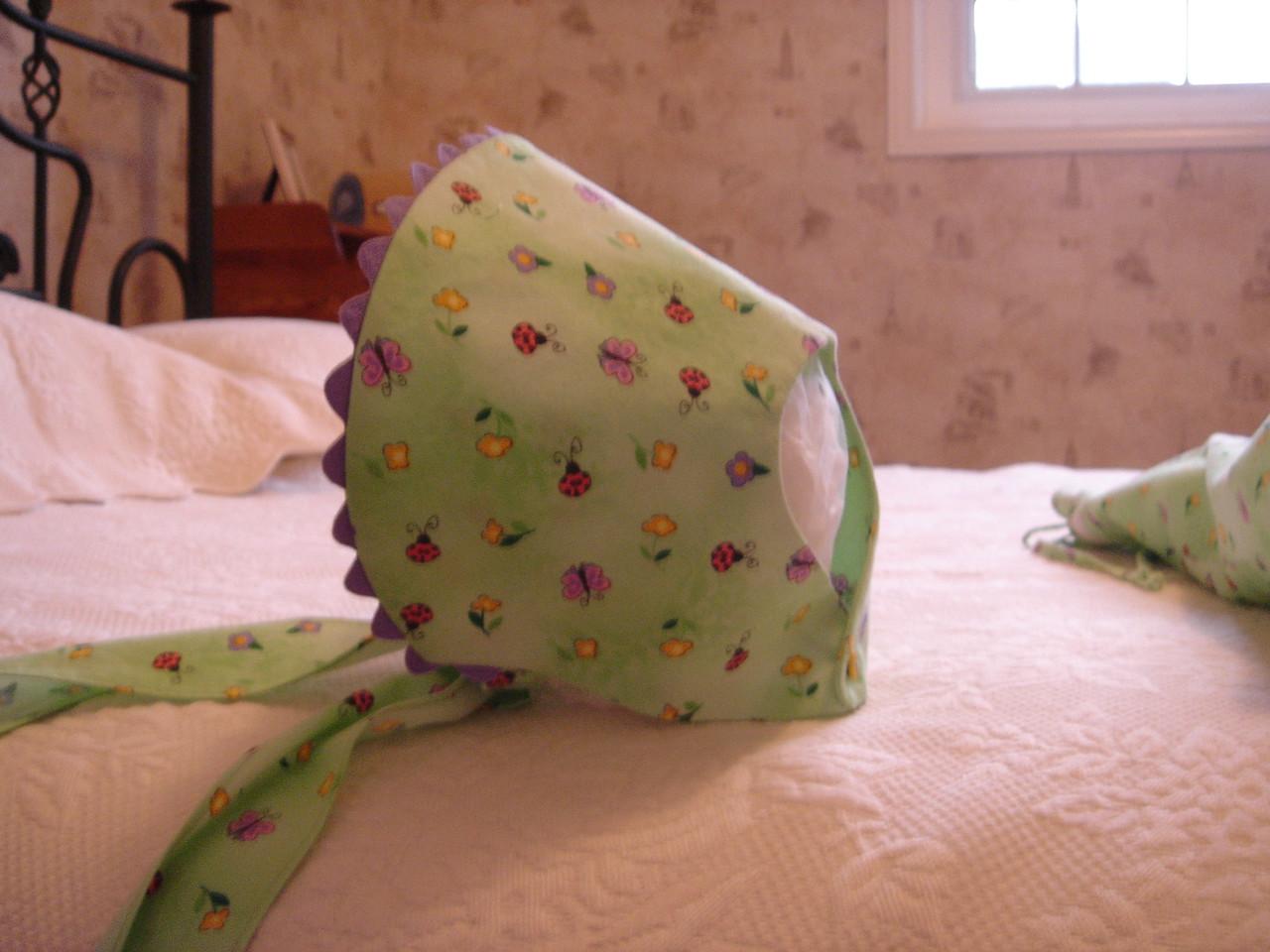 Bonnet to go with Ottobre dress
