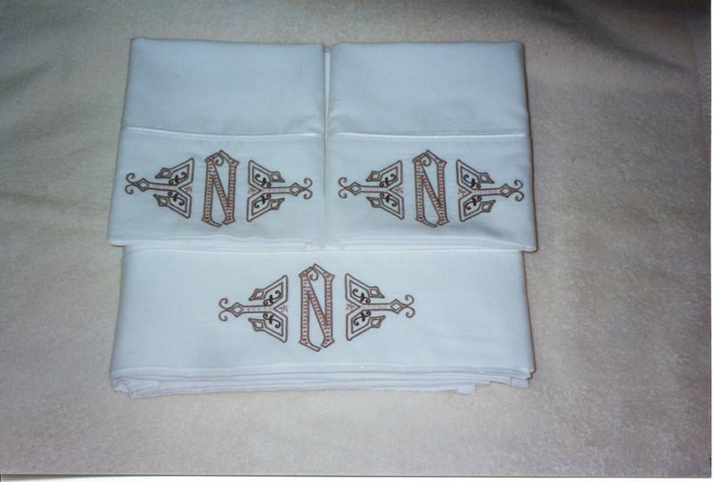 Yvonne's sheet set