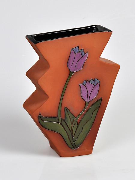 6.   Vase.