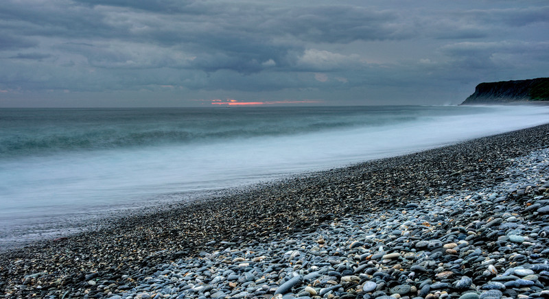 Break of dawn at Hualien, Taiwan's East Coast.  Got up really early with my daughter to catch the sun rising from the Pacific but as it was overcast, we only caught a sliver.