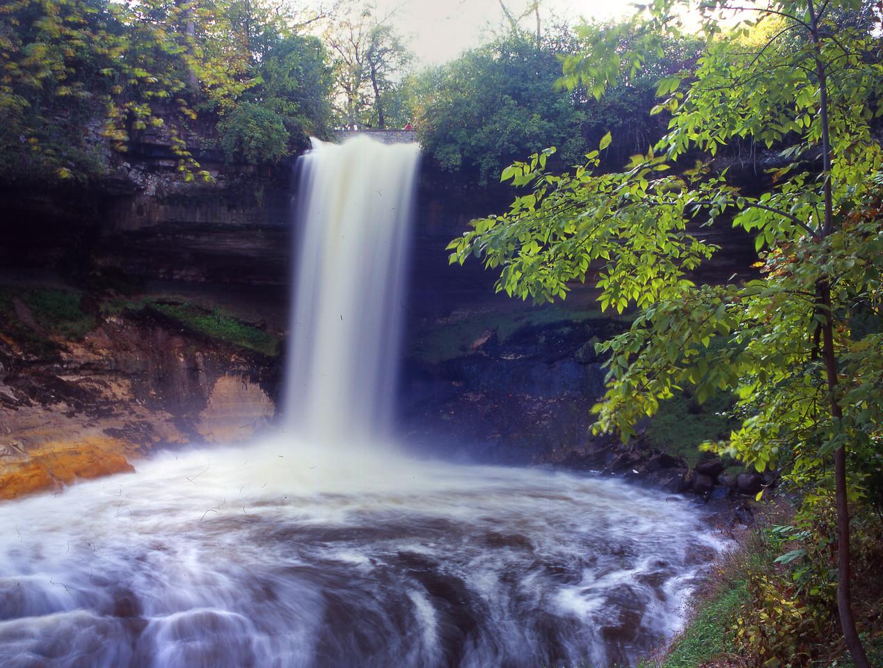minnehaha Falls 4 tf Horn