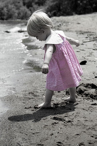 By this time Heleyna was having fun and discovered the sand felt different when wet.
