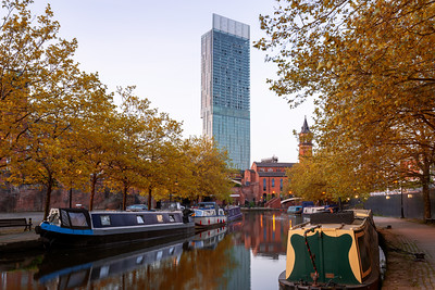 Canal, Castlefield Basin. Deansgate, Manchester, England