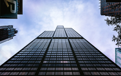 Looking Up, Willis Tower (Sears Tower) Chicago, Illinois, America