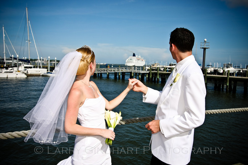 Larry Gindhart Photography in Miami Beach and South Florida. Weddings, parties, events, quinces and more...  <b> <b> Wedding Wire & Martha Stuart Weddings <b> http://www.weddingwire.com/vendor/VendorViewProfile?vid=aac7b1ff390a421a  <b> <b> Miami and South Beach:  http://www.eventective.com/USA/Florida/MiamiBeach/251729/GindhartPhoto-com.html <b> <b> PhotoLinks Photography Network:  http://www.PhotoLinks.com