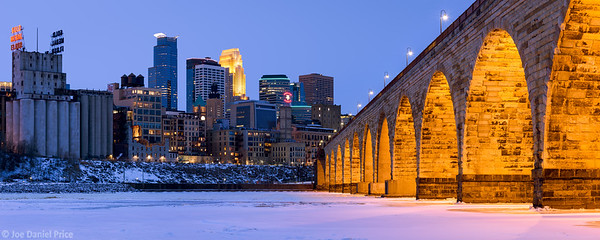 Massive Panorama, Stone Arch Bridge, Minneapolis, Minnesota, America