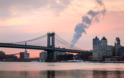 Sunrise, Manhattan Bridge, New York, America