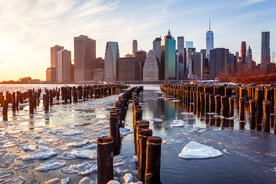 Sunset, Brooklyn Bridge Park, Lower Manhattan, Freedom Tower, Wooden Posts, New York City, New York, America