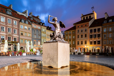 Mermaid Statue, Old Town Market Square, Warsaw, Poland