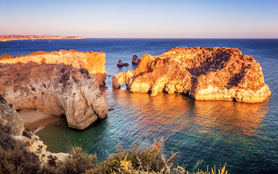 Sun Glow on the rocks at Prainha, Alvor, Algarve, Portugal