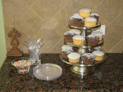 Cupcakes from Samantha's Wedding Shower using my Conroy stands.