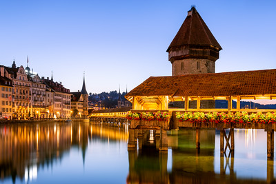 Sunrise, Kapellbrücke, Chapel Bridge, Lucerne, Switzerland