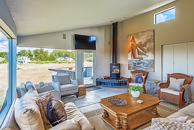 Living Room with Second Floor Deck