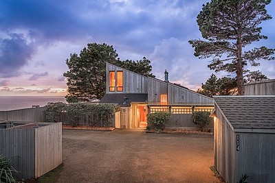 Larkspur Close, Front View at Sunset