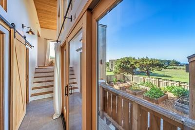 Hall to Guest Room, Master Bedroom & Loft