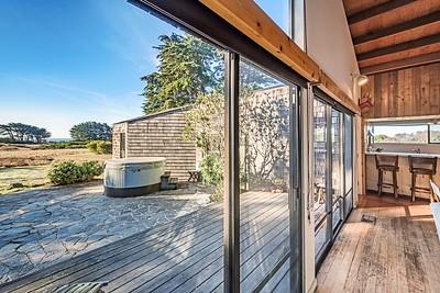 Living Room & Deck