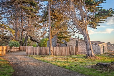 Front Drive Way, Navigators Reach, Sea Ranch