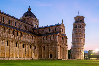 Sunrise, Leaning Tower of Pisa, Pisa Cathedral, Pisa, Tuscany, Italy