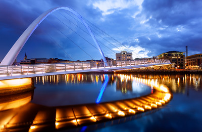 Gateshead Millennium Bridge, Gateshead, Newcastle, England