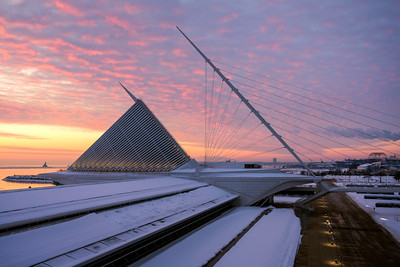 Dramatic Sunrise, Milwaukee Art Museum, Milwaukee, Wisconsin, America