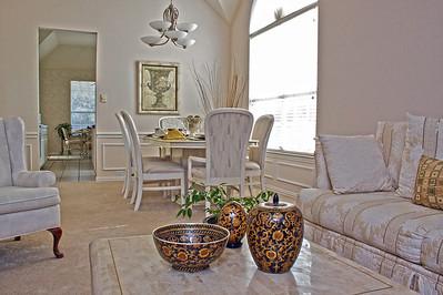 interior photo––living room