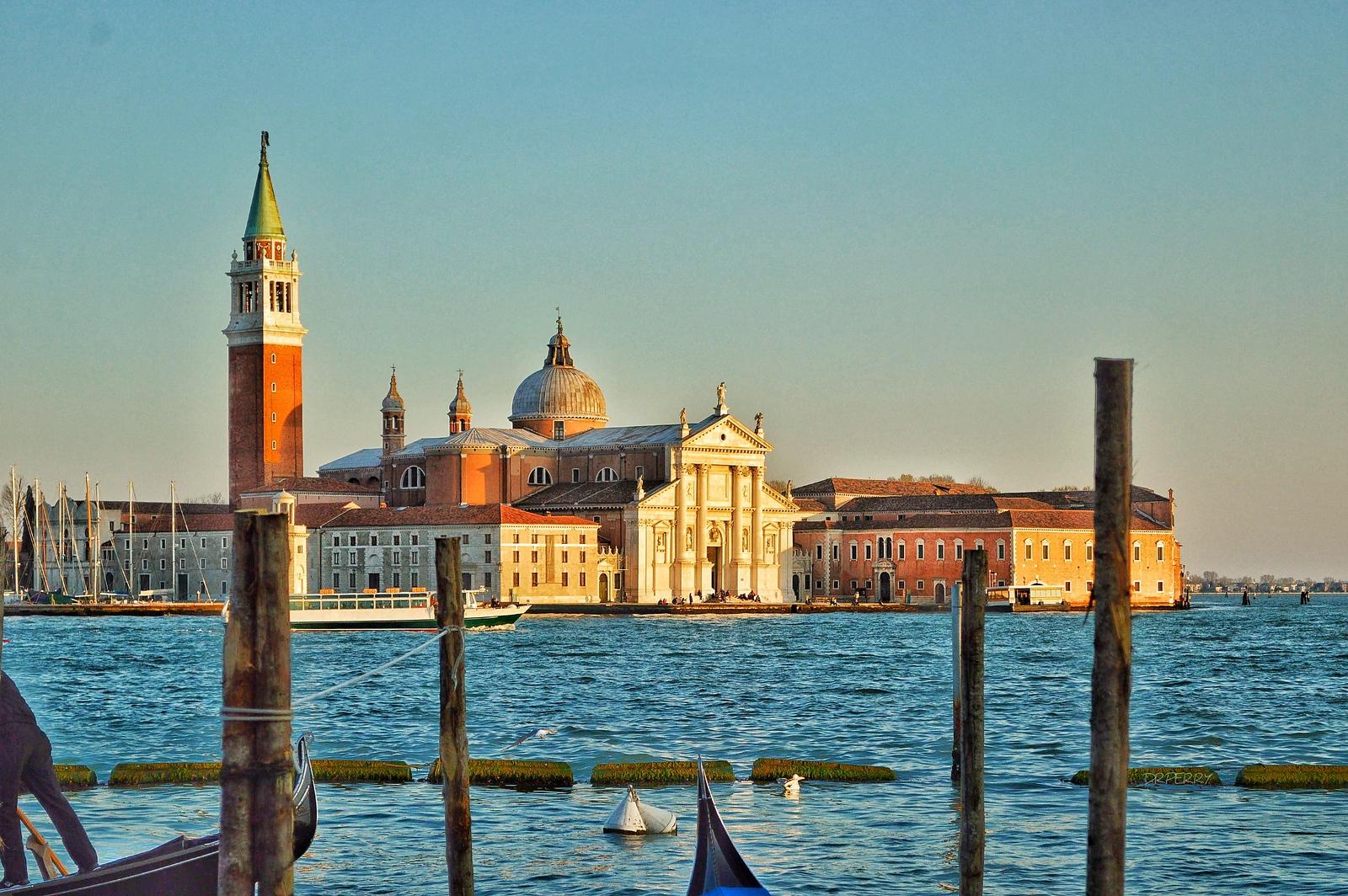 """Rising From the Water"" - Venezia, Italia"
