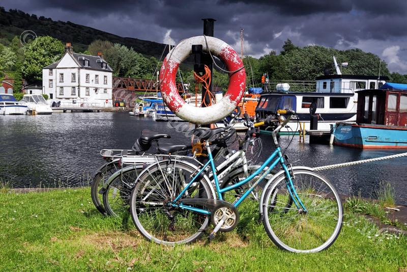 Bowling Basin Marina - Cycles