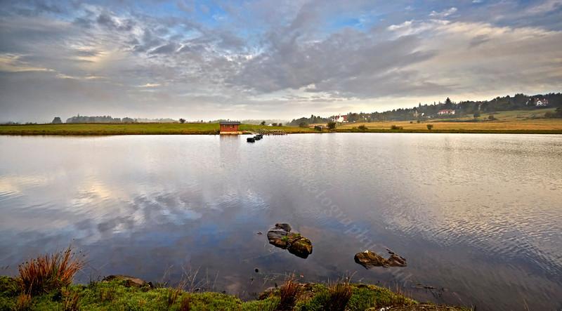 Knapps Loch Near Kilmacolm - 16 October 2013