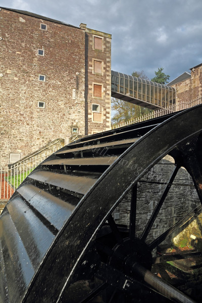 Water Wheel - Heritage Area - New Lanark - 13 November 2011