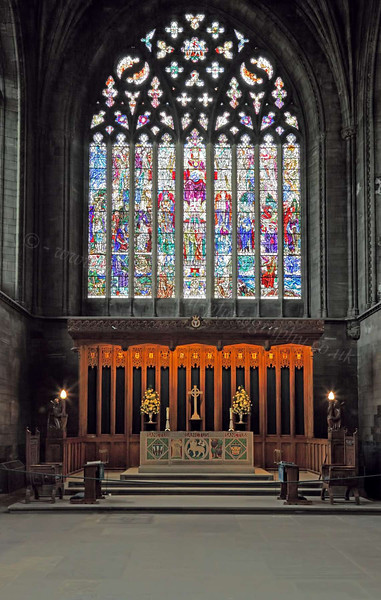 Altar and Stain Glass Window - Paisley Abbey - 6 June 2012