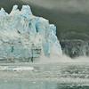 Glacier calving in Glascier Bay