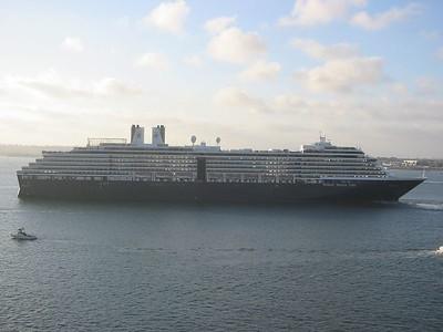 Byebye Holland America ship!