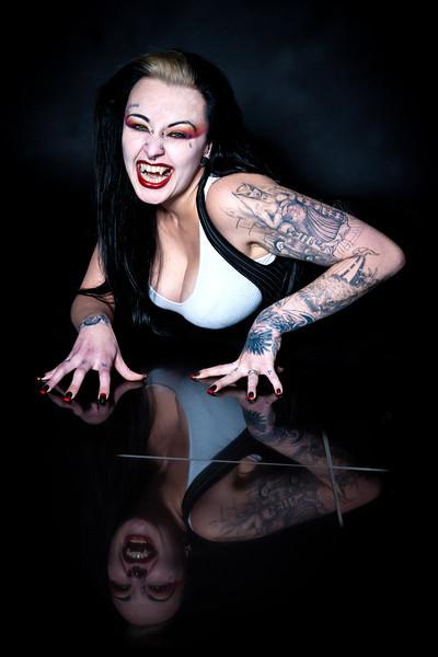House of Kiss, Tattoo Studio